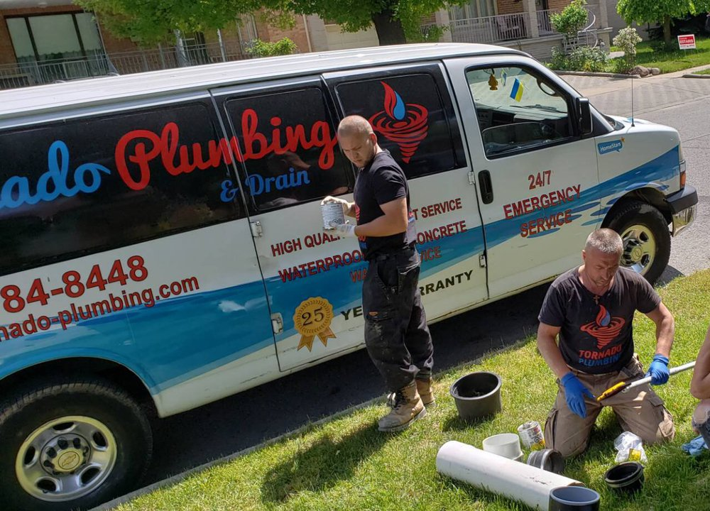 Replace sewer lines in North York
